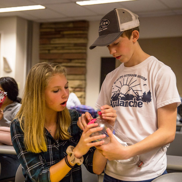 photo students collaborating for CSU's Engineering Your World camp